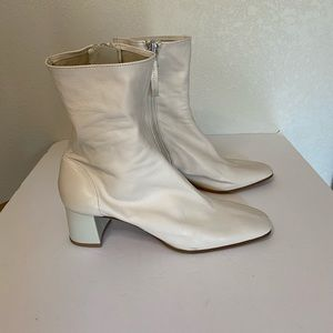 Zara soft leather healed ankle boot white 40
